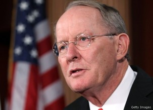 WASHINGTON, DC - SEPTEMBER 08: U.S. Sen. Lamar Alexander (R-TN) speaks during a news conference September 8, 2011 on Capitol Hill in Washington, DC. Senate Republicans held a news conference to discuss jobs, the economy, and President Barack Obama speech on jobs tonight. (Photo by Alex Wong/Getty Images)